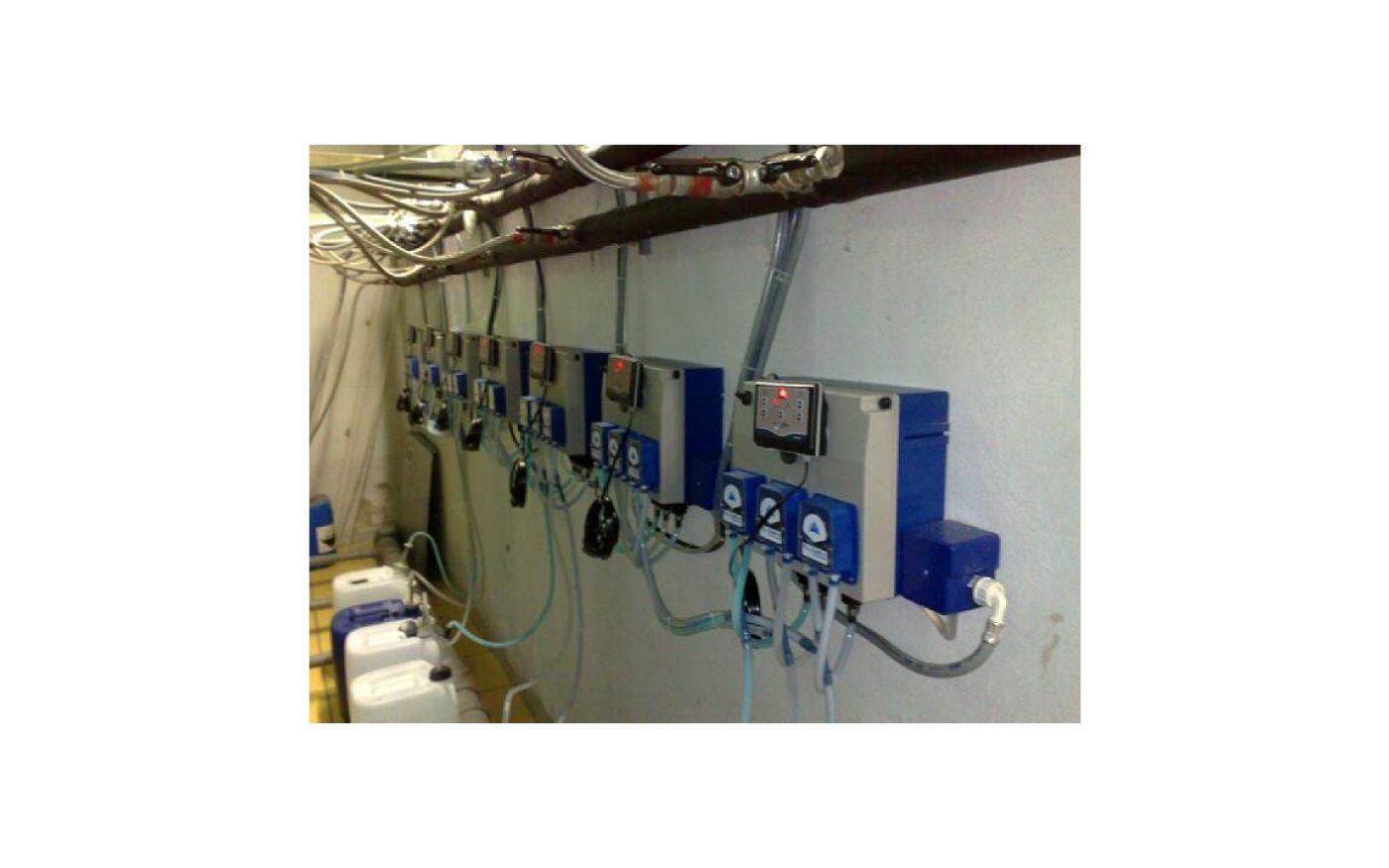 Impianto di dosaggio automatico lavanderia Specialist 18 l/h - Lavanderia self-service - Impianto di dosaggio automatico lavanderia Specialist 18 l/h - Lavanderia self-service